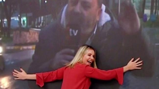 Esra Erol gelen haber sonrası sevincini gizleyemedi! Muhabirinin görüntüsüne sarıldı