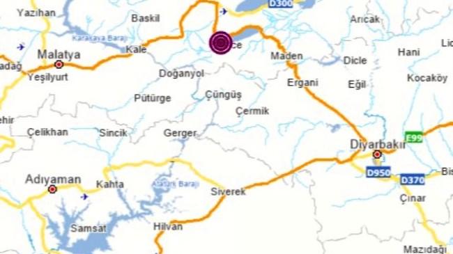 Kılıçdaroğlu, deprem bölgesinde açıklama yaparken artçı bir deprem meydana geldi