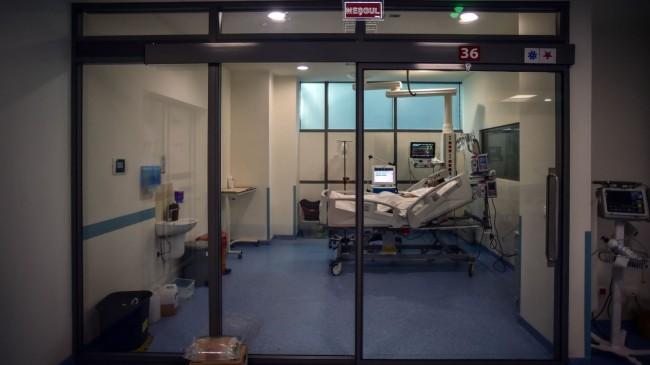 Aylar sonra normal hastalar yoğun bakım servisinde tedavi görmeye başladı