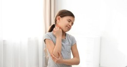 Çocuklarda kötü duruş, skolyoz belirtisi olabilir