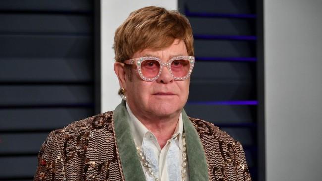 Elton John'dan Vatikan'a tepki