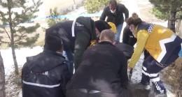 Erzurum'da cuma namazına gittiği caminin bahçesinde öldü
