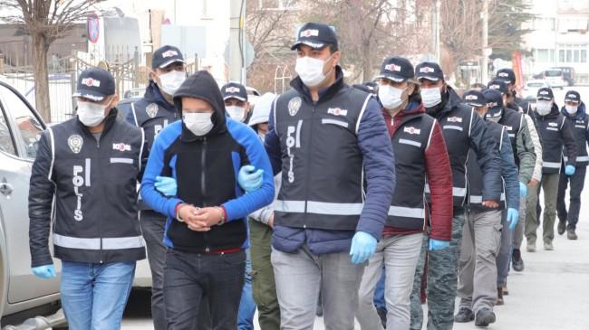 Eskişehir'de 18 tefecilik şüphelisi gözaltına alındı
