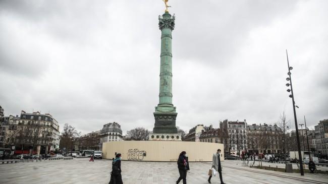 Fransa'da son 24 saatte 34 bin 998 yeni vaka