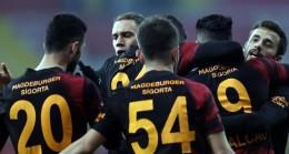 Galatasaray-Rizespor maçının ilk 11'leri