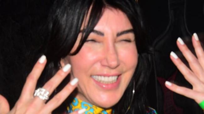Hande Yener: Müzisyenler kötü durumda