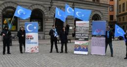 İsveç'te Uygur Türkleri protesto gösterisi gerçekleştirdi