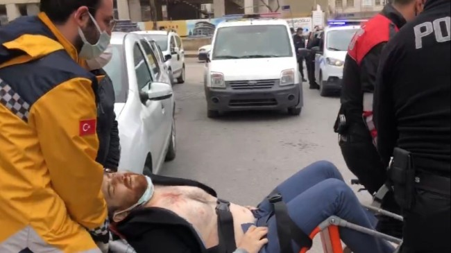 Kocaeli'de icra için gittiği evde vurulan avukat yaşamını yitirdi