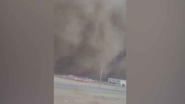 Moğolistan'ı dev toz fırtınası vurdu