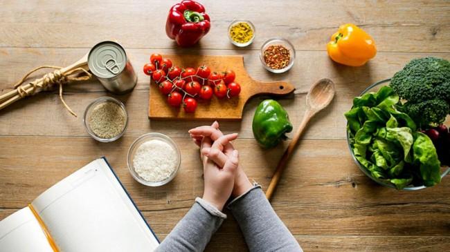 Sağlıklı beslenmeye başlamanın 6 kolay yolu