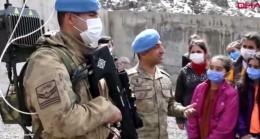 Şırnak'ta öğrenciler, komandolarla buluştu