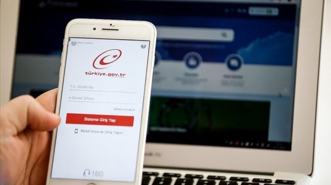 Son bir yılda  e-Devlet üzerinden 500'den fazla hizmet kullanıma açıldı