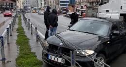 Zonguldak'ta tır otomobile çarptı, sürücü şoka girdi